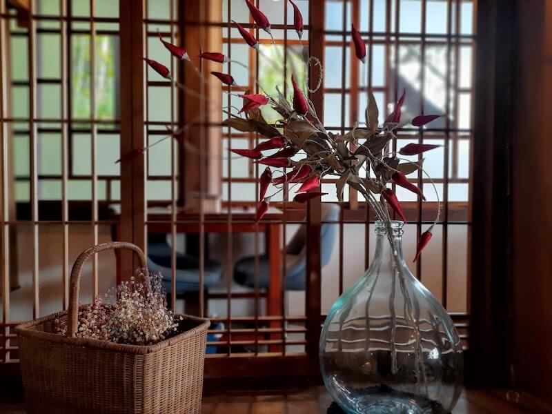 滋賀県-近江八幡市-円山町-ユースホテル-カフェ-ハコテアコ-hakoteako-インテリア-ドライフラワー